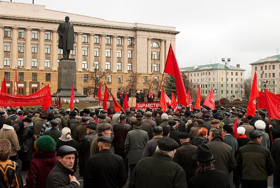 фото великой октябрьской соц революции которой резюме числится
